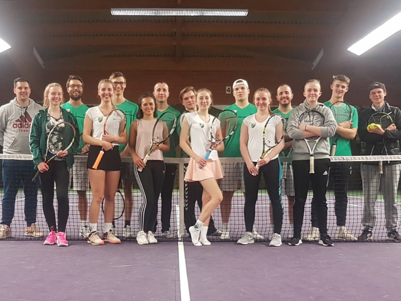 images/stories/Tennis/2019/tenniscamp/Bild 1.jpg - images/stories/Tennis/2019/tenniscamp/Bild 2.jpg